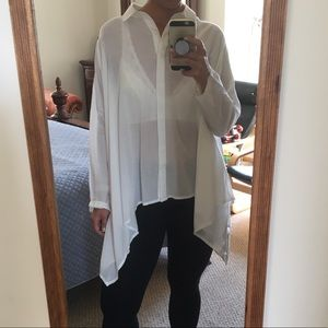 URBAN OUTFITTERS WHITE BUTTON DOWN